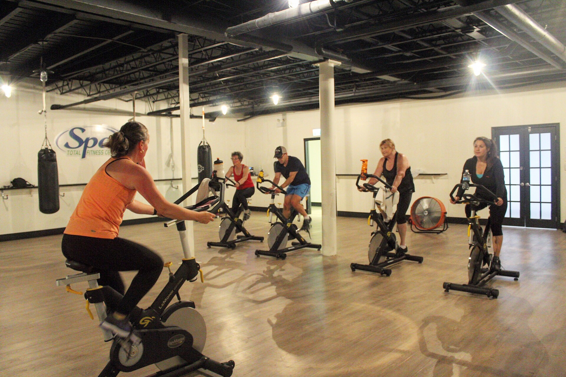 GROUP CLASSES | Spa Total Fitness / Circuit Training / HIIT / Indoor